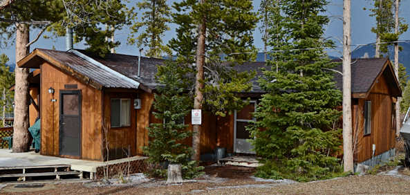 Incroyable Rustic Cabin With Big Deck And Mountain Views Through The Trees On A 1/3  Acre Corner Site, 3 Miles South Of Grand Lake Village,